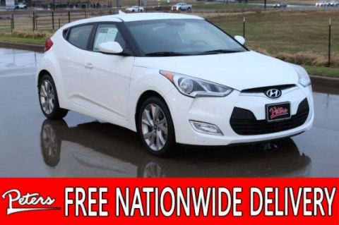 Pre-Owned 2017 Hyundai Veloster Base